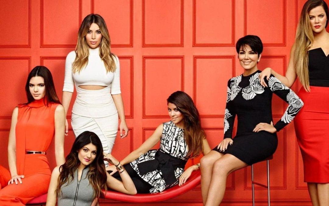 Den omryktede Kardashianfamilien – idioter eller businessgenier?